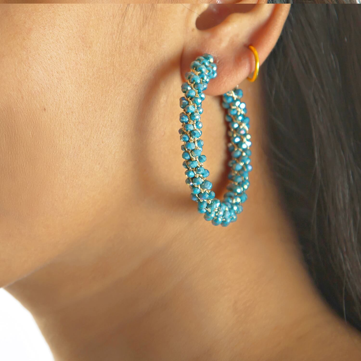 Kendra Aqua Hoop Earring - Model
