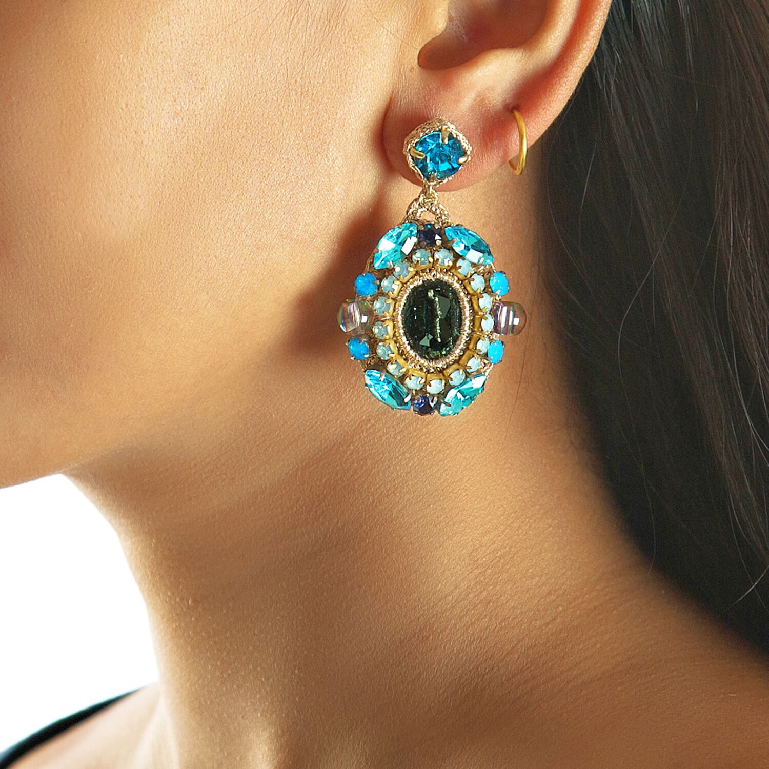 Isolde Aqua Earring - Model
