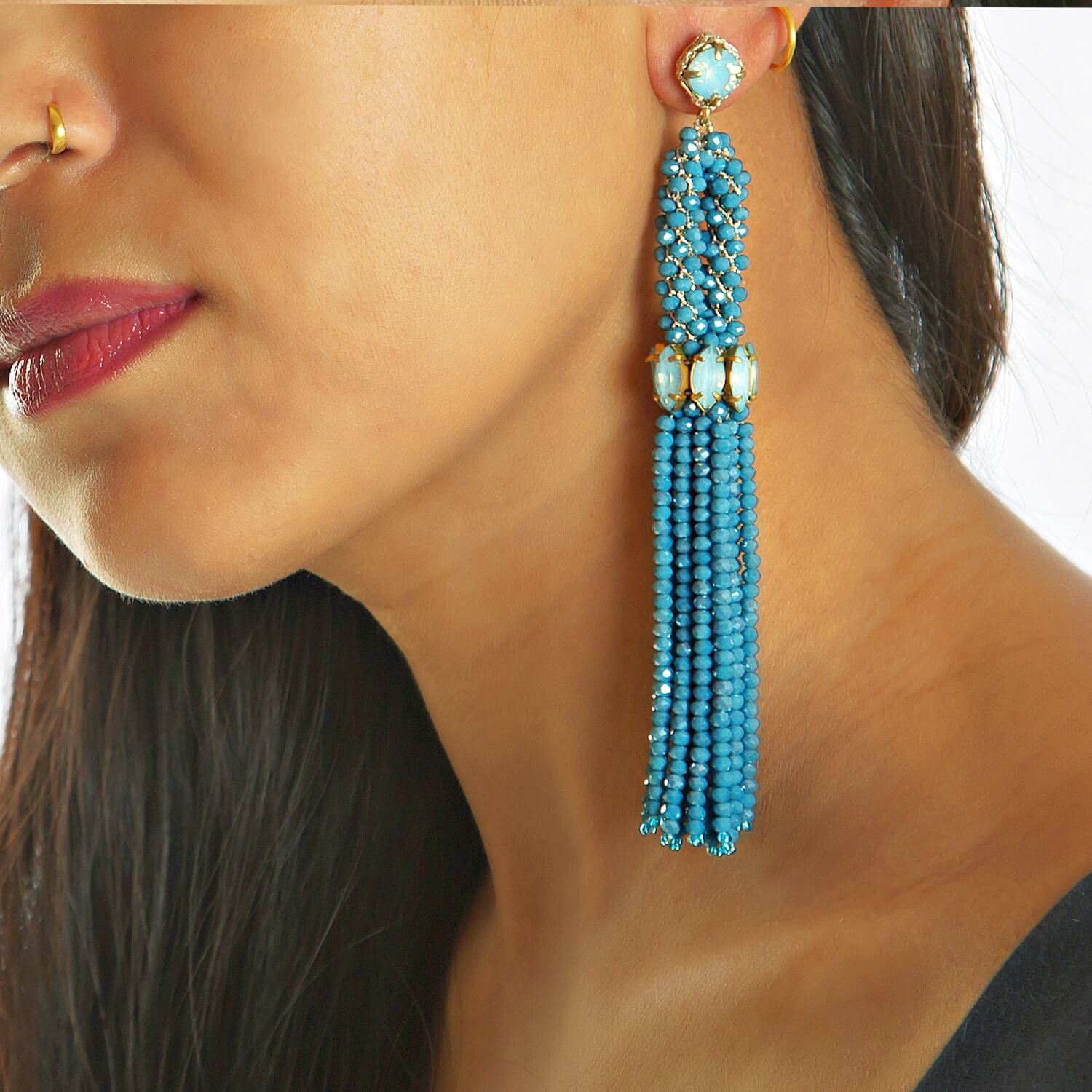 Aqua Tain Earring - Model