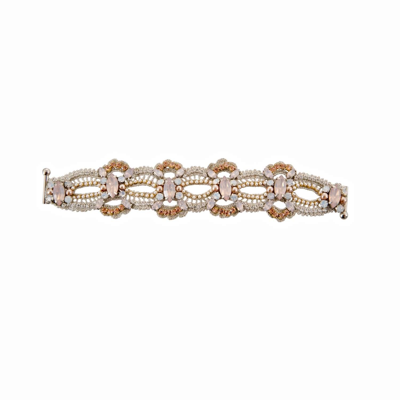 Disco Crochet Scallop Strap Bracelet - Blush Opal Pearl