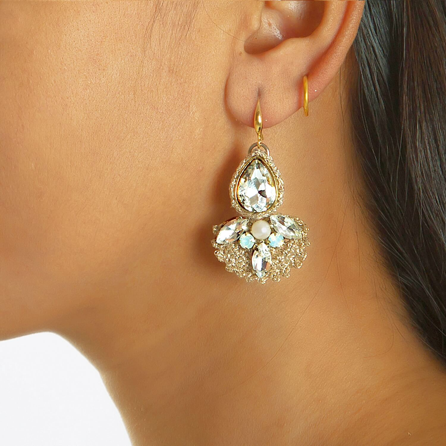 Purvi Earring - Model