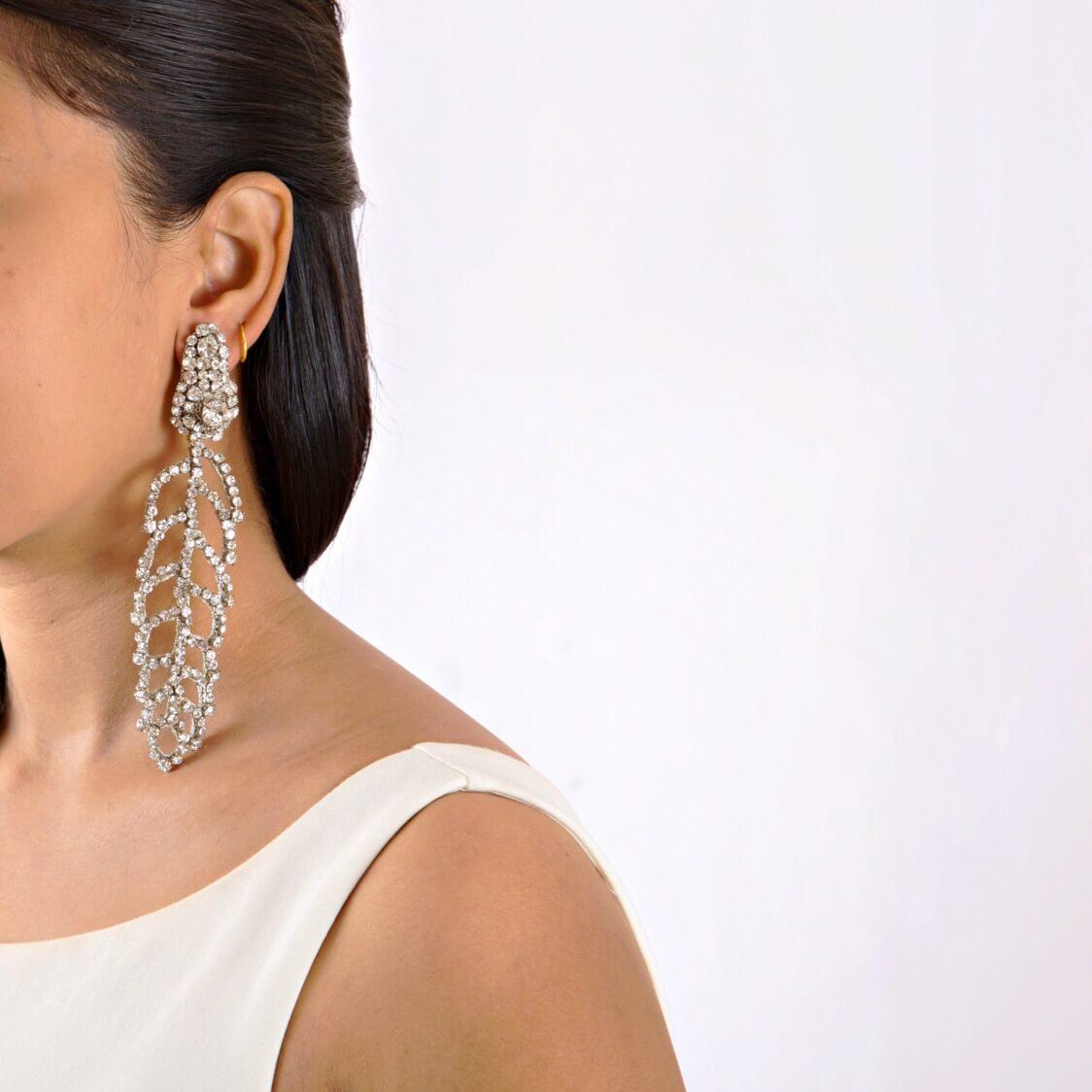 Electa Clear Earring