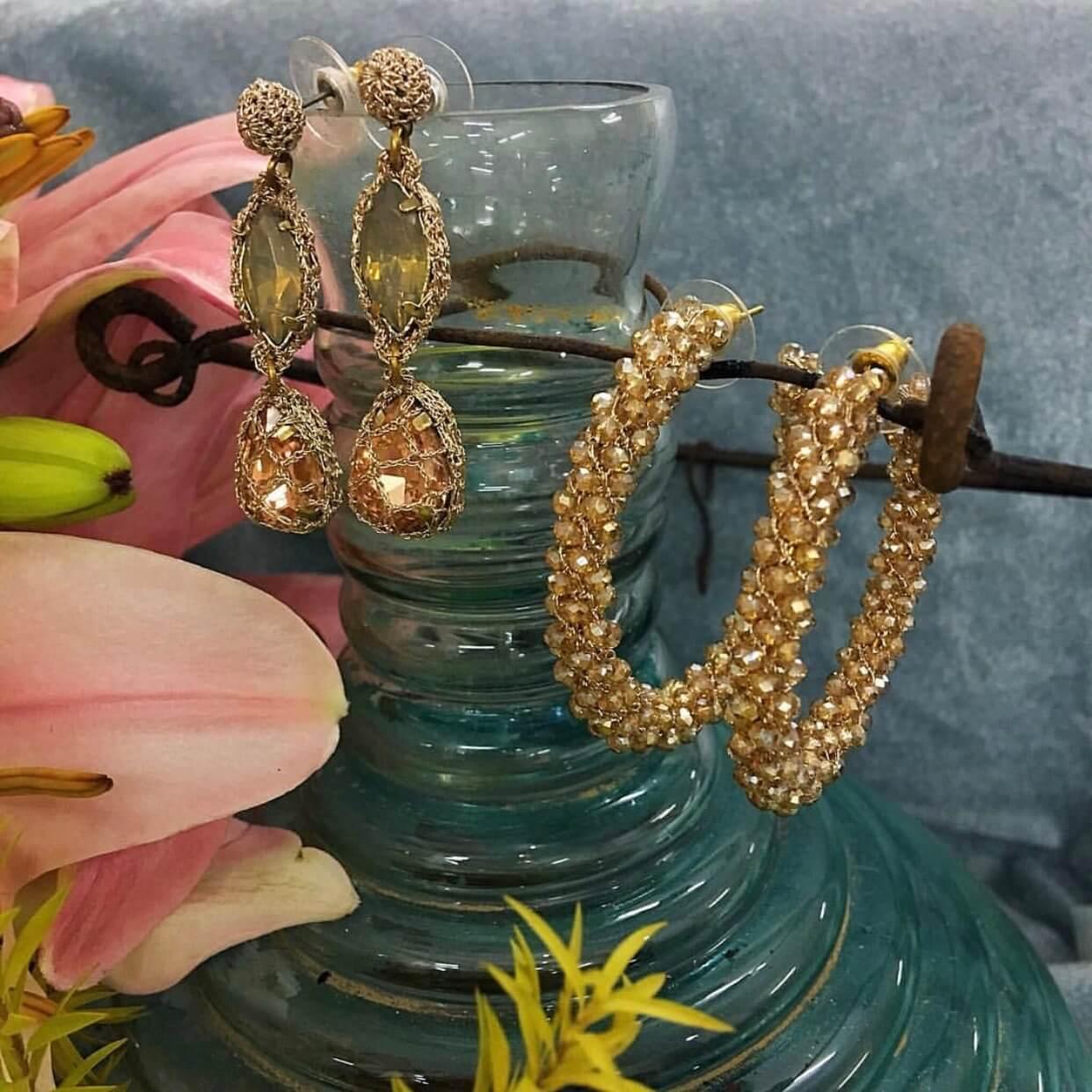 Kendra Gold Hoop Earring